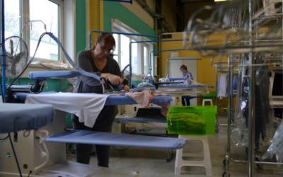 Repassage gratuit pour le personnel soignant : le geste solidaire d'ENTRA