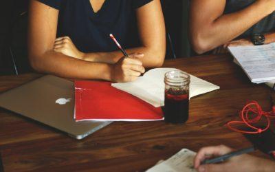 Devenir travailleur social au sein d'un CPAS : on vous dit tout